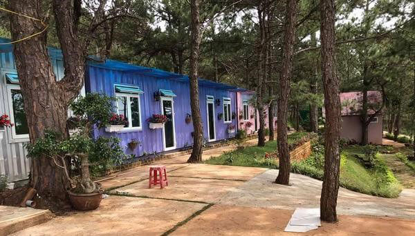 container-homestay2