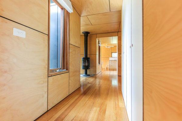 hành-lang-ngôi-nhà-container